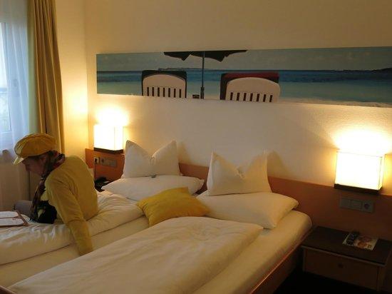 Hotel GERMANIA: Ambiente Zimmer 203