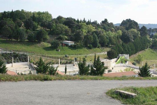Yelloh! Village Domaine d'Arnauteille: vue de la piscine vide
