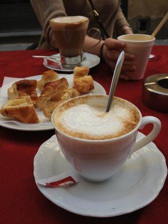 Caffe Degli Artisti: Cappuccino