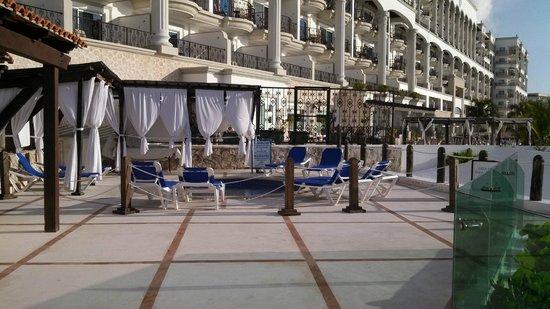 Flamingo Cancun Resort: adult spa area