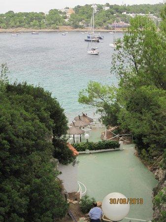 Portinatx Beach Club Hotel: Accesso alla caletta