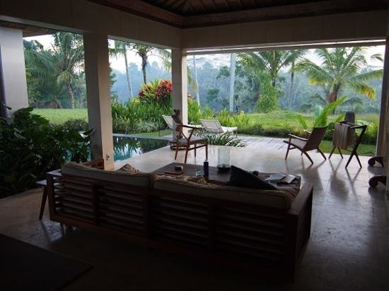 Chapung SeBali Resort and Spa : Living area looking out over the valley views