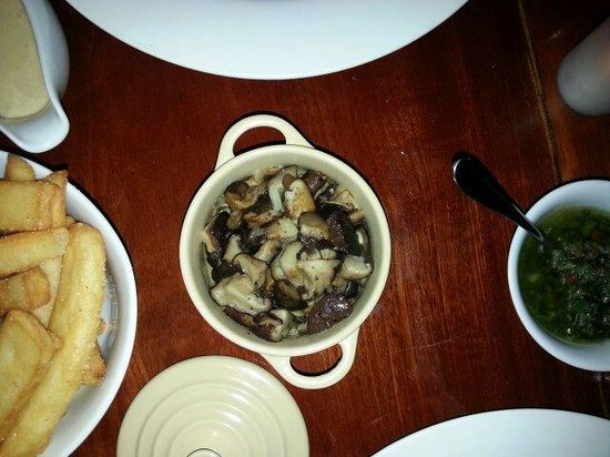 El Gaucho Argentinian Steakhouse: Mushrooms sautéd