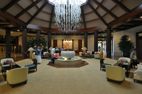 St. Regis Princeville Resort: Main lobby