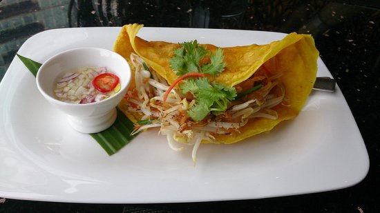 Su Tha Ros: Crispy pancake with bean shoots, coconut and coriander