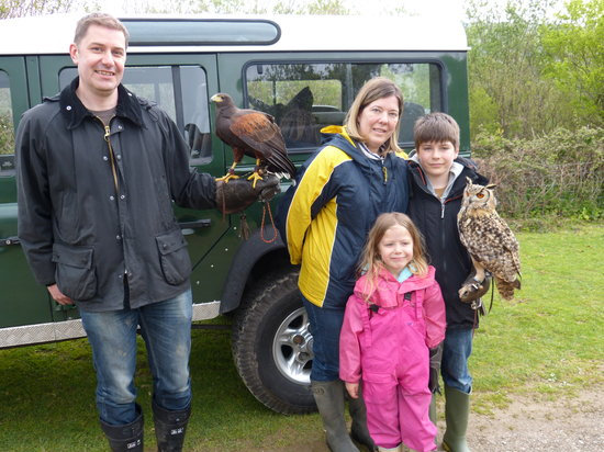 "Adventure Falconry: Guy family ""Introduction to Falconry"""
