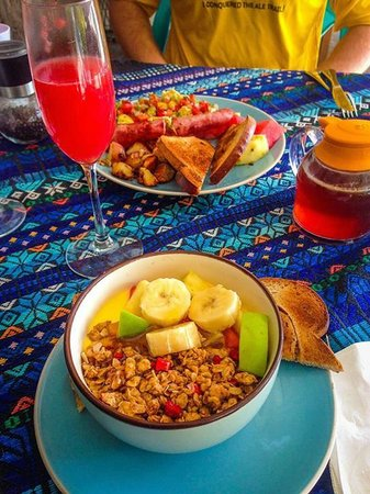 """Melt Cafe: the """"Healthy"""" breakfast of yogurt, granola, and fruit and a watermelon mimosa"""