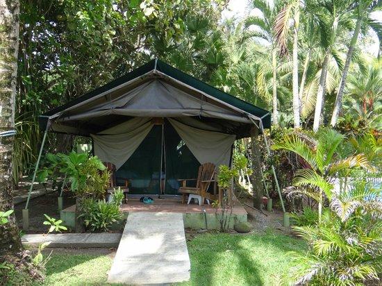 Rafiki Beach Camp: Zelt von außen