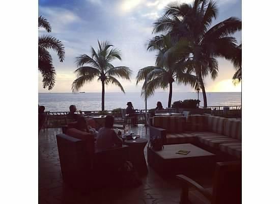 Hyatt Regency Trinidad: The sushi bar/lounge area.
