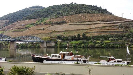 The Vintage House Douro : vista do restaurante do hotel