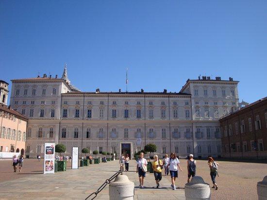 Palazzo Reale : L'entrée Extérieure