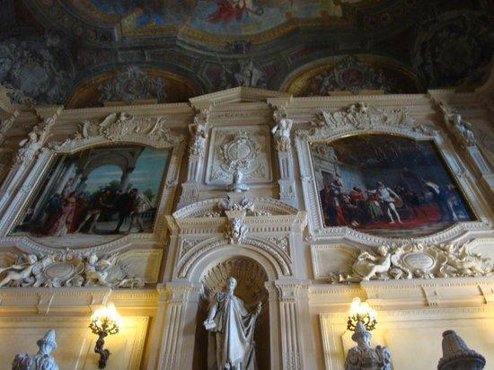 Palazzo Reale : vue depuis l'escalier