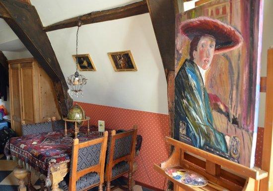 Hotel de Emauspoort: The easel