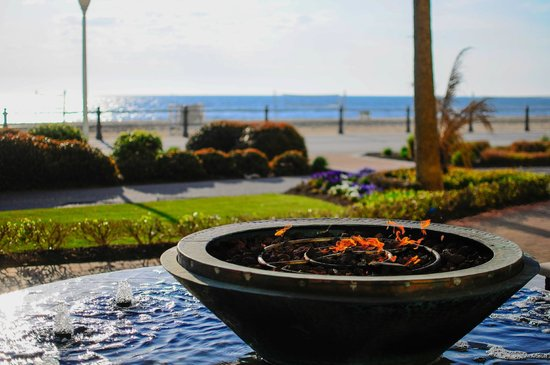 fire pit picture of oceanaire resort hotel virginia. Black Bedroom Furniture Sets. Home Design Ideas