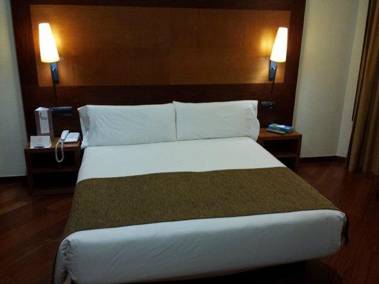 Bcn Urban Hotels Del Comte: Habitación