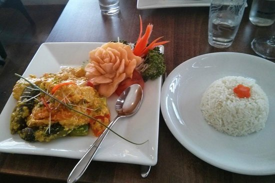 Simply Thai: Seafood Medley