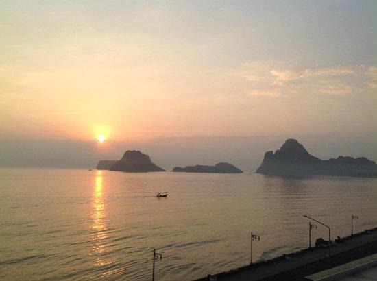 Hadthong Hotel: Aus dem Zimmer hatten wir einen schönen Blick!