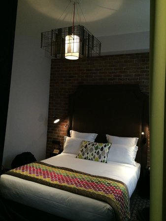 Hotel Fabric: Room 4