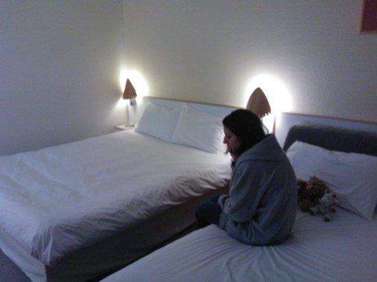 Novotel Glasgow Centre: Plenty of room, big comfy bed