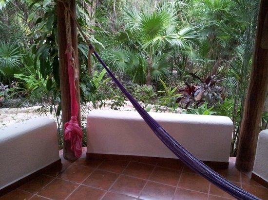 Riviera Maya Suites : 1 Hängematte defekt