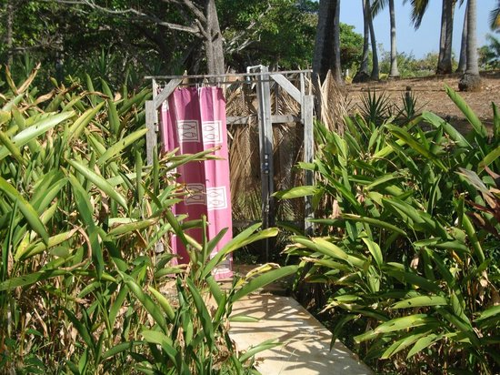 Casas Pelicano: I loved this outdoor shower!
