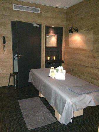 Hotel Fabric: Massage room