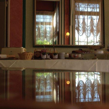 Belle Isle sur Risle : Petit déjeuner