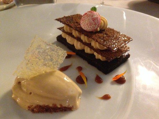Hostellerie Le Castellas : croquant choco -caramel