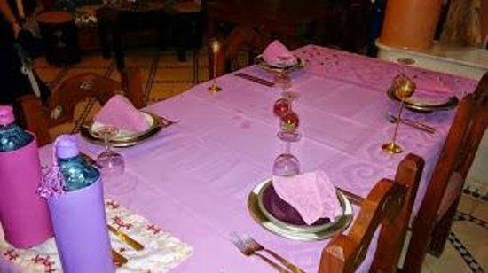 RIAD EL WIAM: La table préparée avec soin