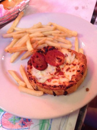 Manny's Original Chop House: Kids pepperoni pizza with fries.