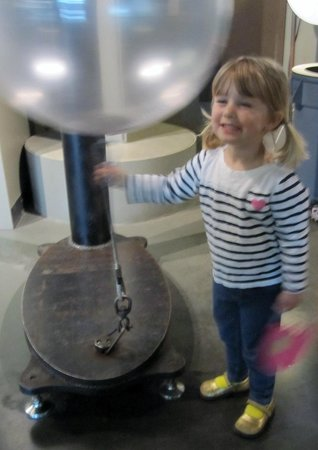The Exploratorium : Balloon delight