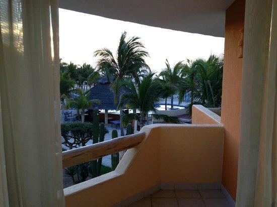 Posada Real Los Cabos: From my room looking toward pool