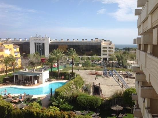 NH Marbella: vue de notre balcon. esperons que les travaux demarres ne reprnnet jamais !