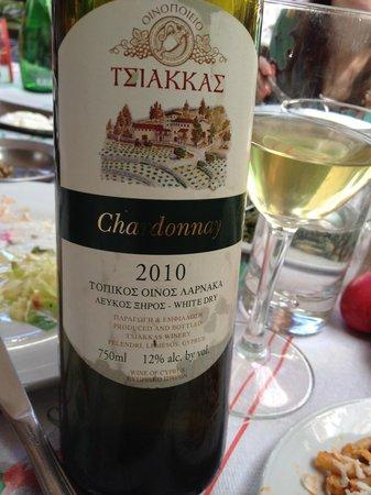 Lofou Taverna: White Wine