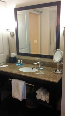 HYATT House Richmond-West : Bathroom