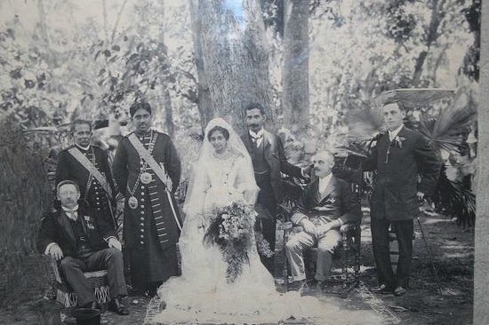 Richmond Castle: Wedding retinue