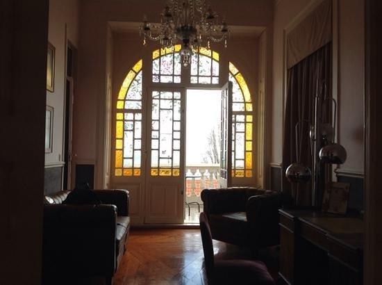 Palacete Chafariz D'El Rei : sala de estar suite amaya