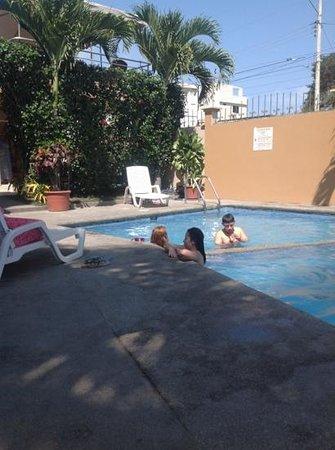 Hotel Mar Azul: Piscina