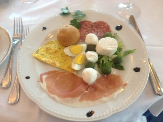 Excelsior Grand Hotel : Delicious Easter dinner - first course
