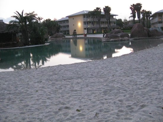 PortAventura Hotel Caribe: piscine de sable pour enfants