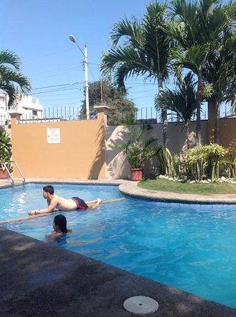 Hotel Mar Azul Desde Manta Ecuador
