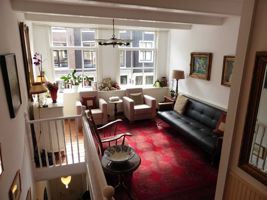 Maes B & B: The Shared Sitting Room