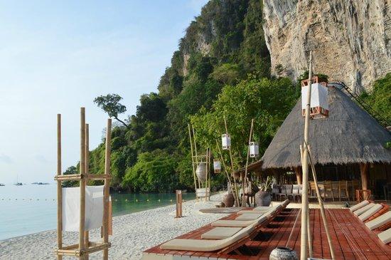 Mama Beach Residence : Beach Area