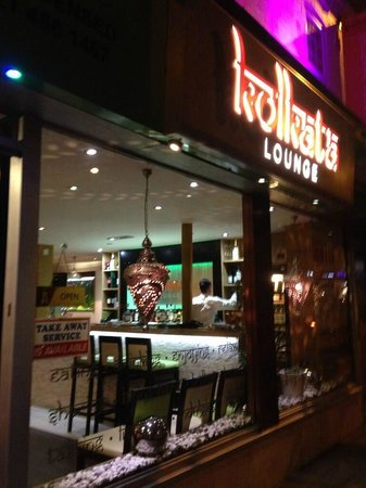 Kolkata Lounge: Exterior of our curry house