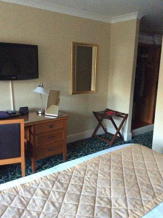 Lismoyne Hotel: Bedroom 62 ( opp. side)
