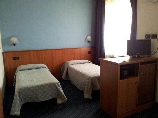 Hotel President : Letti singoli camera da 4