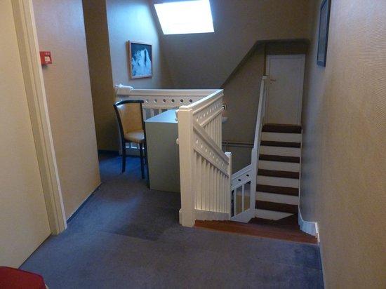 Hôtel L'Escale en Arz: 1er étage,celui des chambres