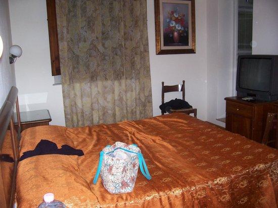 Hotel Savoia e Campana: stanza