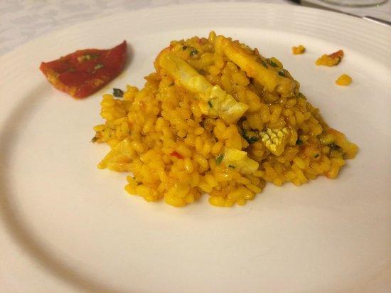 Follas Novas: Rice with monkfish and scallops