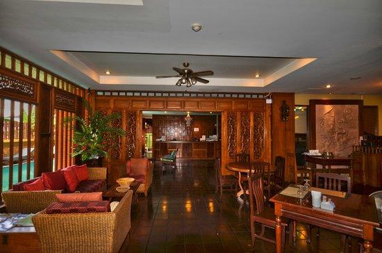 Lamphu Tree House: reception hotel